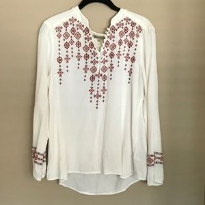Democracy Cream Red Embroidered V-Neck Top Size L